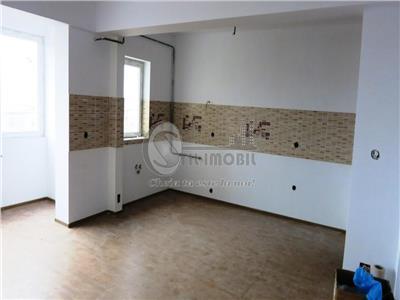 Apartament 3 camere - zona Pacurari - Bizantique - Mutare imediata
