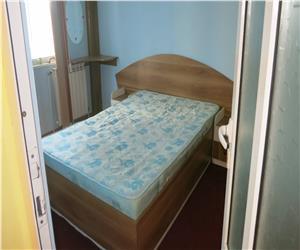 Apartament  3 camere decomandat Podul de fier