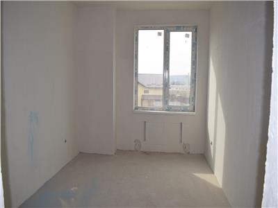 Apartament 3 camere  55mp + gradina - 46.000e