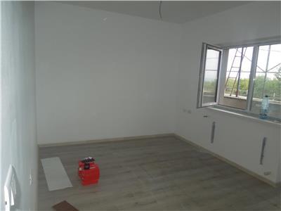 Apartament 2 camere 75mp Nicolina-zona de vile