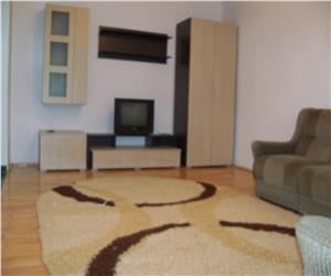 Nicolina apartament 2 camere decomandat la 2 statii de Podu Ros