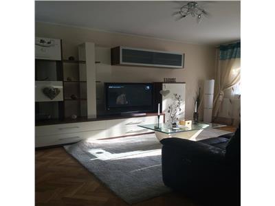 Tg Cucu apartament 4 camere decomandat