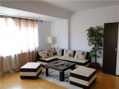 Apartament 2 camere decomandat  MUTARE IMEDIATA
