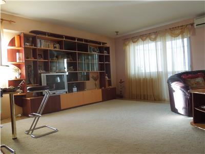 Apartament 3 camere 102mp Rond Vechi