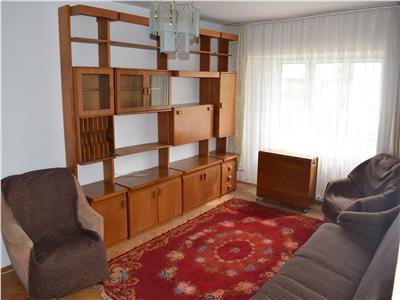 Inchiriere Apartament 3 Camere Decomandat 330euro