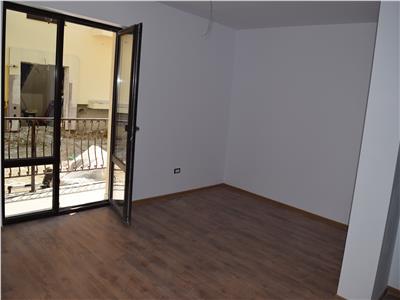 Apartament 3 camere decomandat 70mp - Mutare imediata