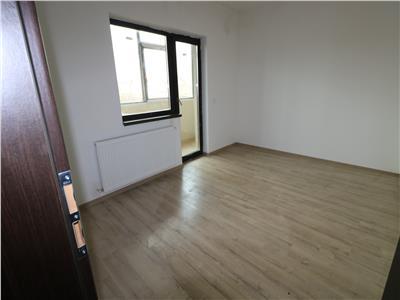 Apartament 3 camere decomandat - 70mp