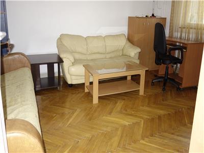 Palas Mall  Hotel Moldova apartament 3 camere decomandat