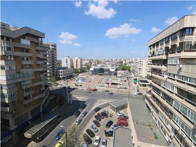 Centru Civic SRI apartament 4 camere decomandat