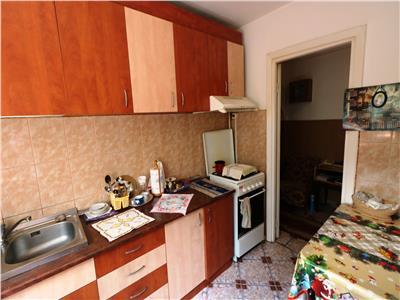Apartament 3 camere central Podu Ros