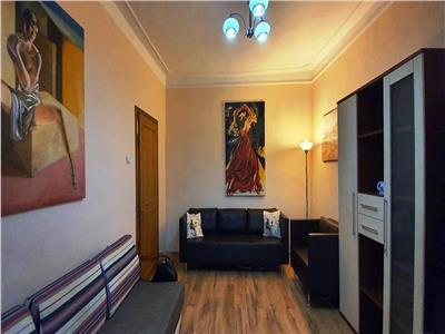 Apartament 2 camere decomandat Central - Podul de fier