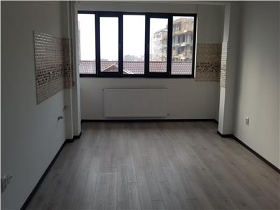 Apartament 100mp - 3camere + terasa 30mp