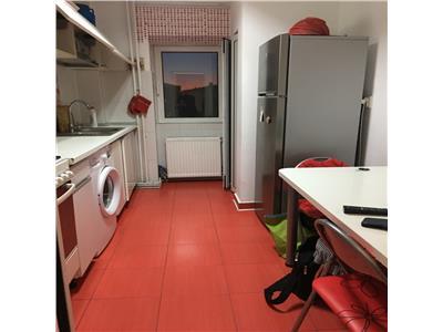 Apartament trei camere Gara 450 euro