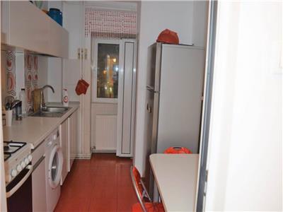 Apartament trei camere Gara 400 euro