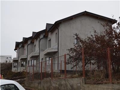 Casa pe P+1E+Pod, in Bucium - Visan, cu terasa si loc de parcare