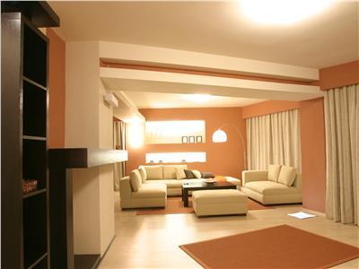 Apartament 2 camere, ultracentral, Palas, 81.200 euro