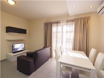 Apartament 2 camere, ultracentral, Smardan, 73500 euro