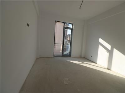 Apartament 3 camere 68mp - Mutare imediata