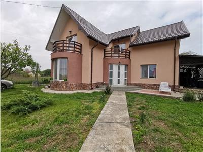 Vila Individuala 610 mp teren -Miroslava- Centru
