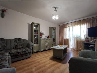 Apartament 2 camere decomandat etaj inetrmediar Nicolina- Cug