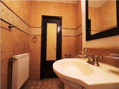 Apartament 2 camere decomandat vile Tg Cucu