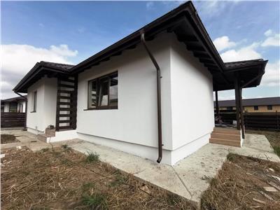 Casa 3 camere cu canalizare Horpaz