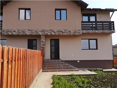Vila 4 camere duplex cu beci Lunca Cetatuii 73500 Euro