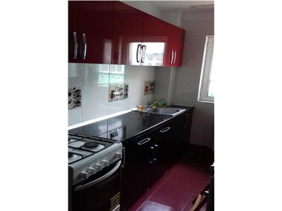 Apartament 3 camere, Dacia, 300 Euro