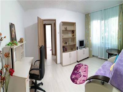 Apartament 2 camere, Podu Ros, 340 Euro, PRIMA INCHIRIERE