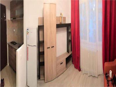 Garsoniera PODU ROS etaj intermediar, mobilata si utilata, 26000 euro