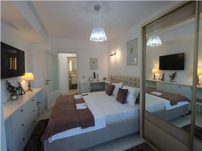 Apartament 3 camere lux mobilat,nou ,Palas 1km
