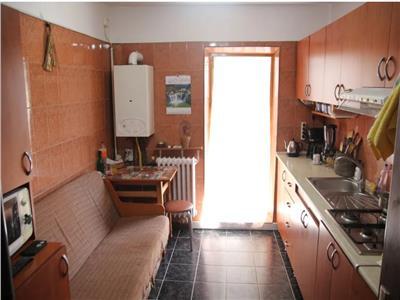 Apartament 3 camere decomandat, 74 mp, 2 bai, Dacia, 62.000 euro