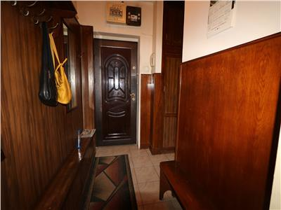 Apartament 4 camere, Tatarasi- Scoala nr 4