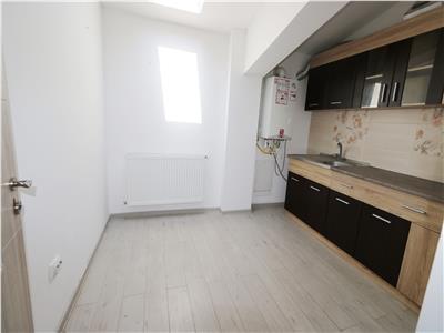 Apartament 2 camere decomnadat, liber Rond Nicolina 700m