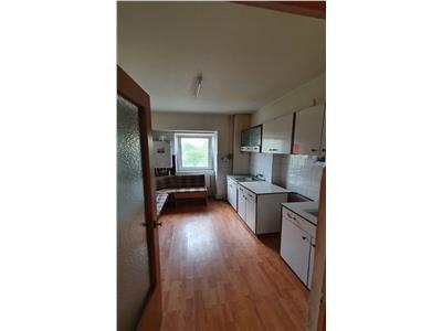 Apartament 3 camere decomandat-Pacurari-Alpha Bank