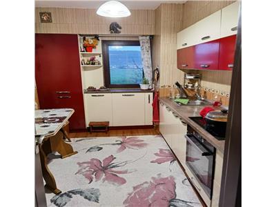 Apartament 3 camere decomandat, mobilat si utilat, 70 mp, Dacia Bicaz