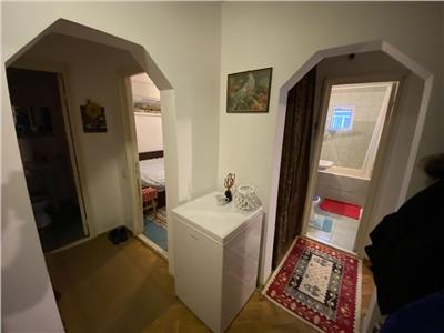 Apartament 3 camere decomandat cu 2 bai, 65mp, Mircea LIDL Galata