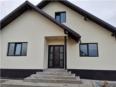 Casa 3 camere 400 mp teren zona Horpaz