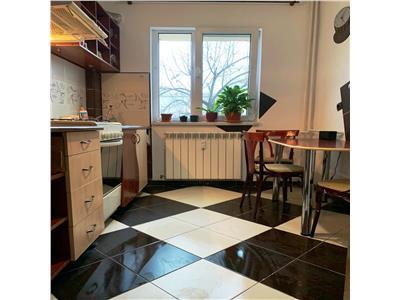 Apartament 2 camere- renovat-Podu Ros