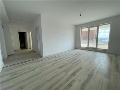 Apartament 2 camere , 5 minute Podul de Fier , decomandat.