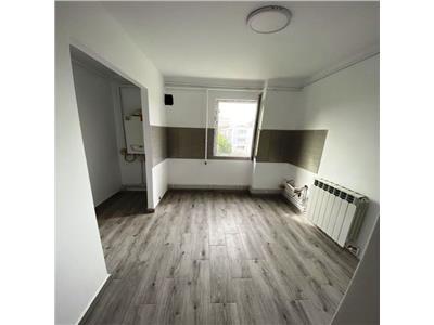 Apartament 2 camere->Podu Ros->fara risc->50mp->renovat