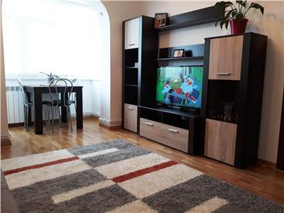 Apartament 3 camere semidecomandat-Podu Ros