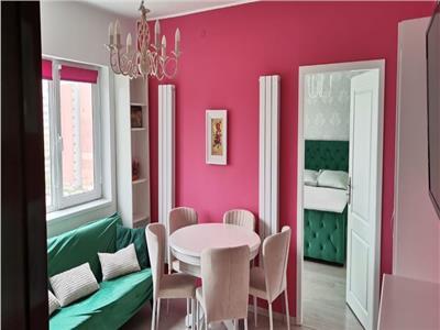 Apartament 4 camere-CENTRU