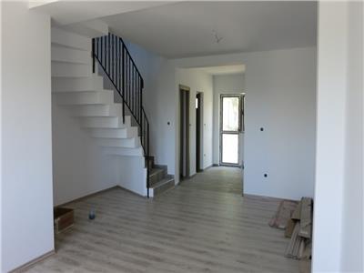Apartament 4 camere 110mp