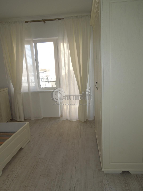 Apartament 3 camere decomandat 84mp