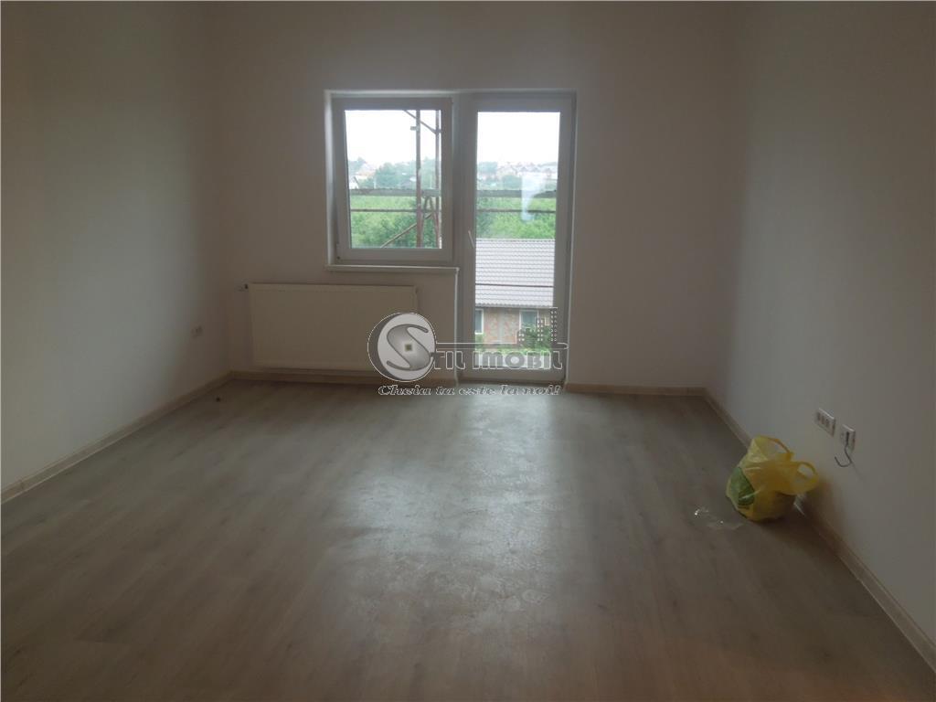 Apartament 3 camere 68mp Nicolina - zona de vile