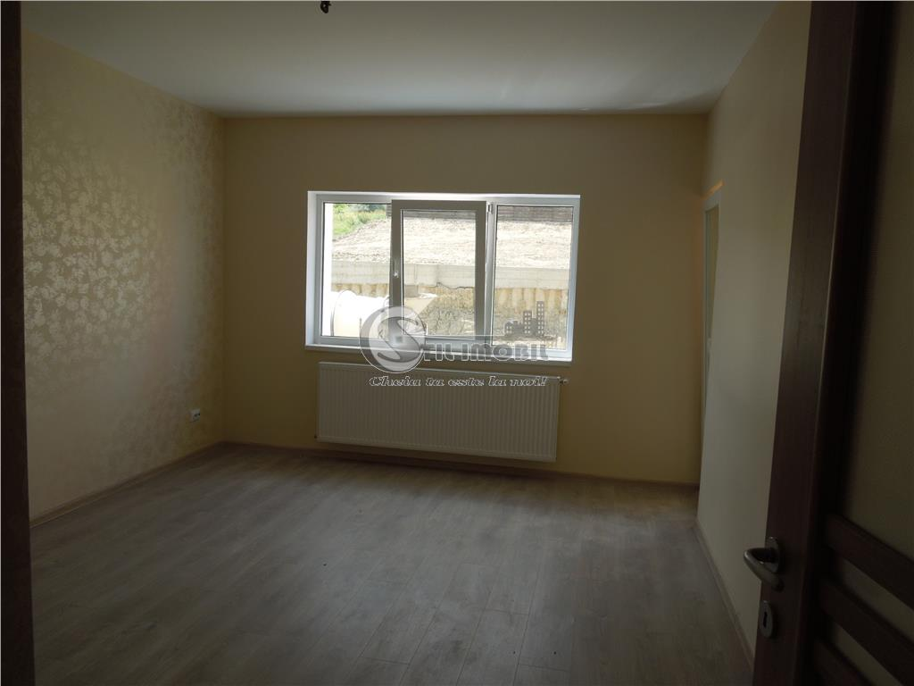 Apartament o camera bucium - decomandat