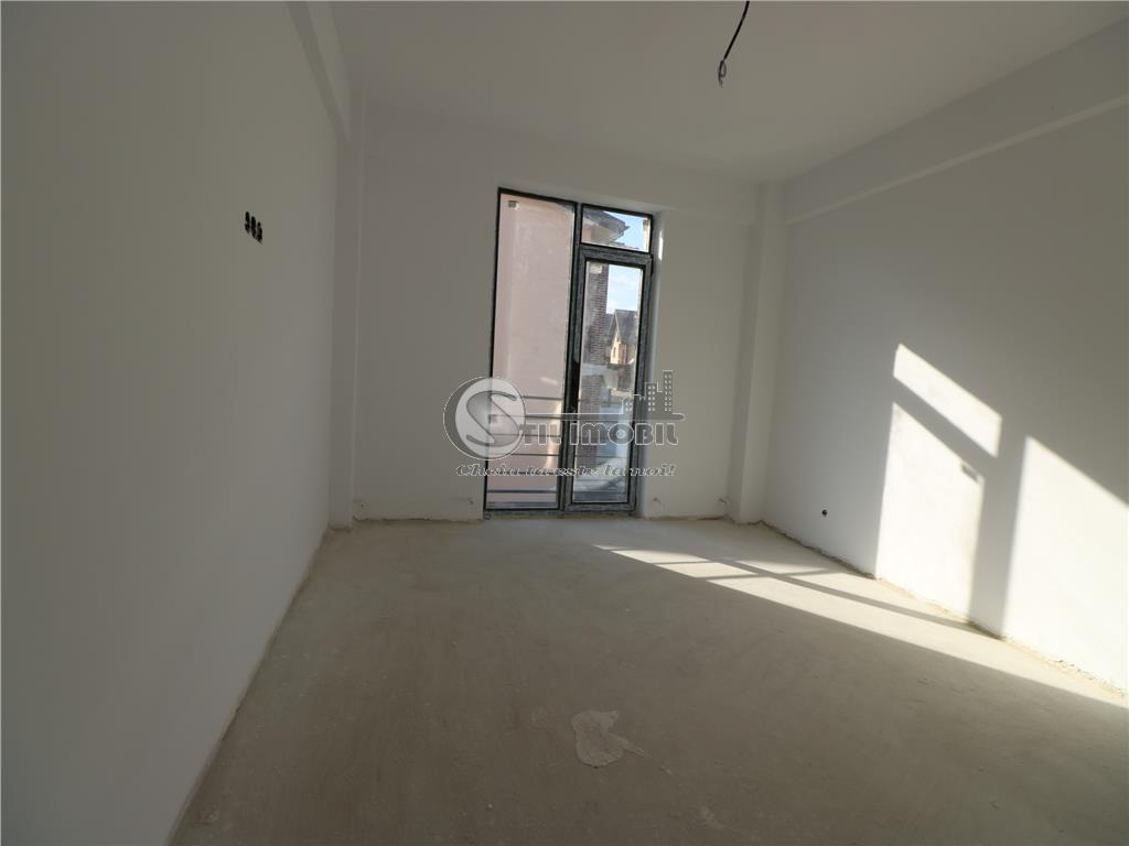 Apartament 3 camere 68mp - Mutare imediata