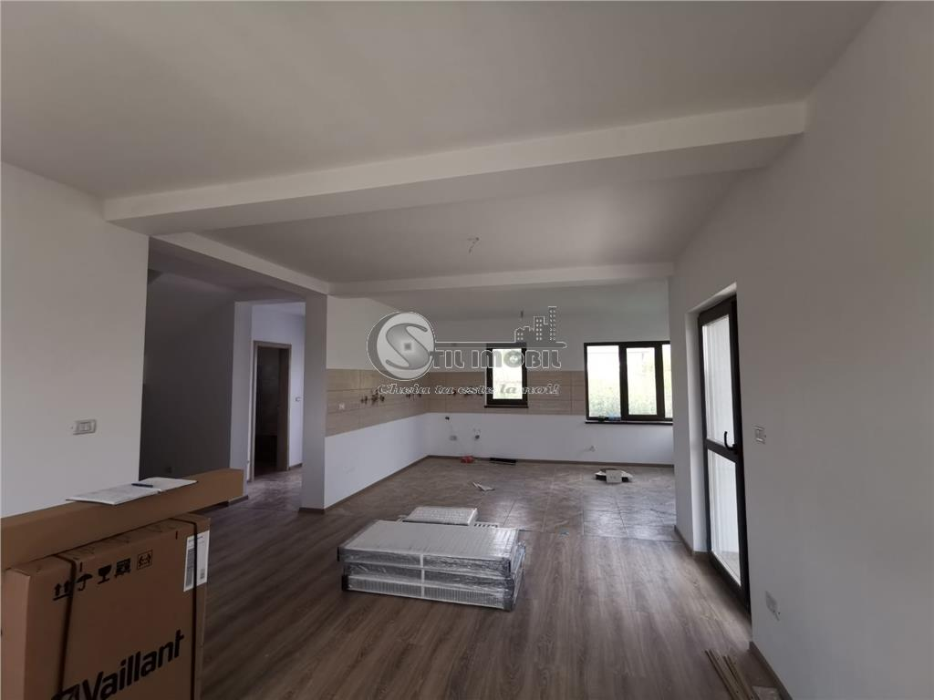 Oferta Casa de vanzare, 5 camere , CUG imagine 3