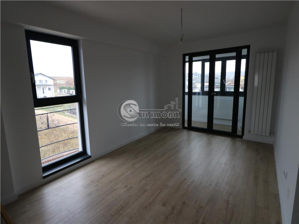 Apartament 3 camere decomandat - Mutare imediata - Bucium